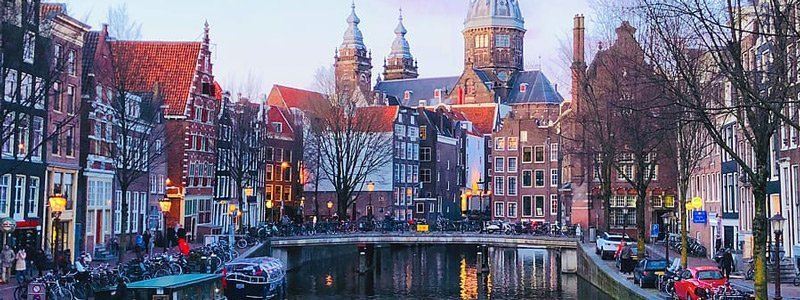 SEM Courses in Amsterdam, Netherlands